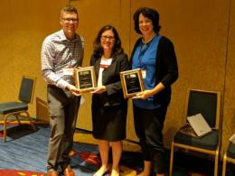 Katchova and Ahearn receiving the AAEA-AFM Outstanding Research Award in Chicago